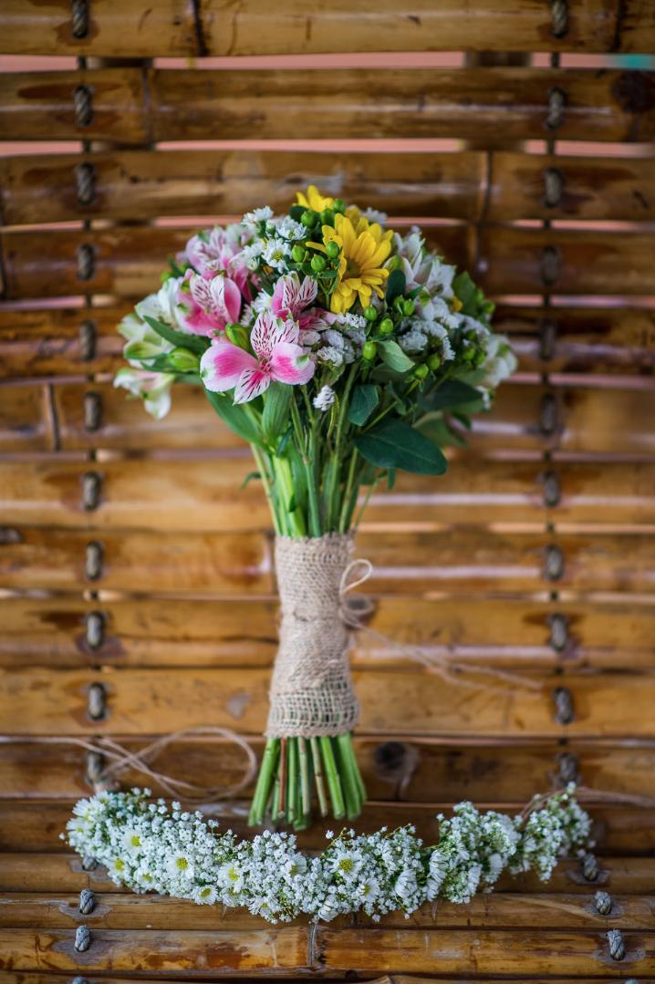 garden havana cuba wedding bouquet
