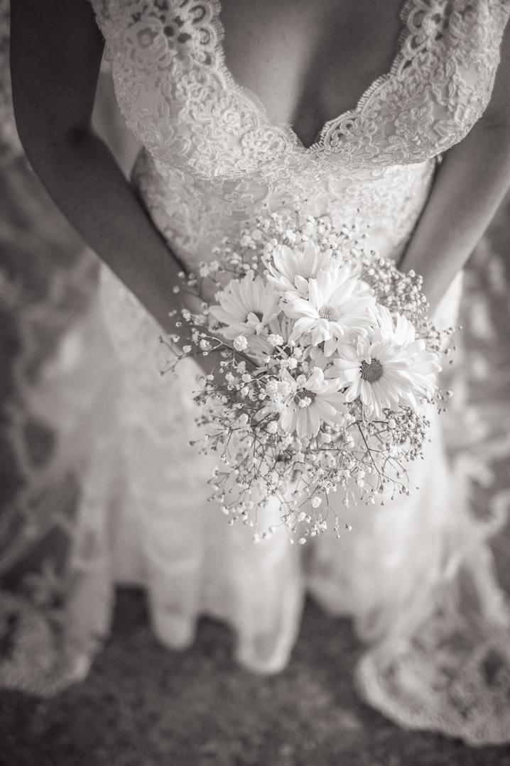 elegant havana boquet cuba wedding