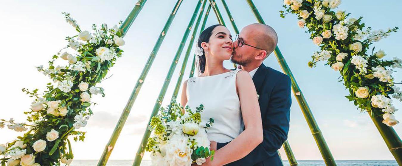 beach-wedding-tarara-havana-cuba