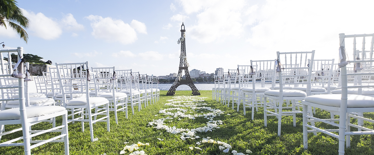 Havana, Cuba garden wedding- Wedding Planning- Wedding Decor- Aire de Fiesta Cuba